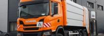 Unikátní Scania bude čistit královehradecké silnice