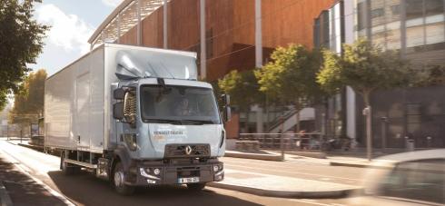 Renault Trucks loni rostl v dvojciferných číslech